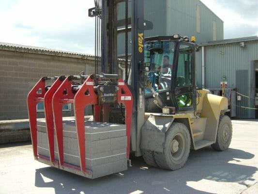 Kẹp gạch xe nâng tải trọng lớn
